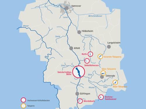 Karte, auf der Talsperren und Rückhaltebecken der Gewässer südlich von Hannover eingezeichnet sind