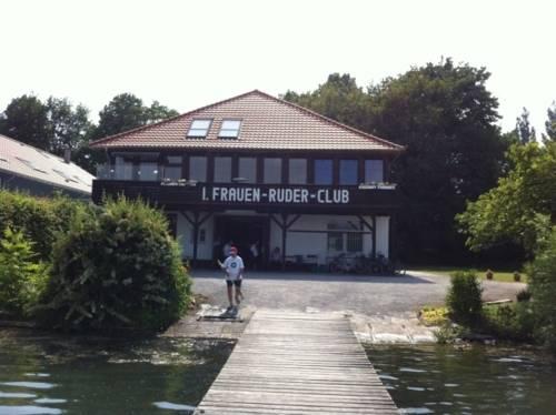 Bootshaus des 1. Frauen-Ruder-Clubs