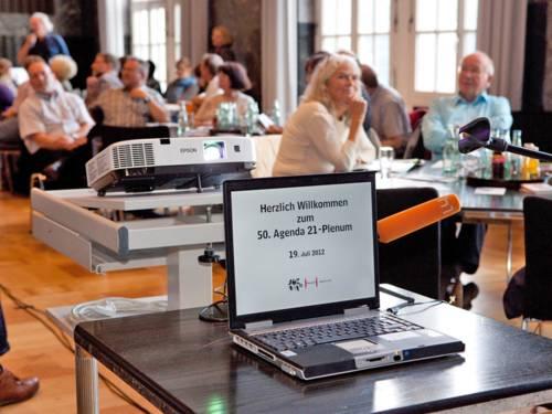 Blick auf eine Sitzung des Agenda-Plenums