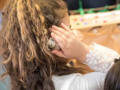 Hörmemory macht nicht nur Spaß, sondern fördert auch den Hörsinn.