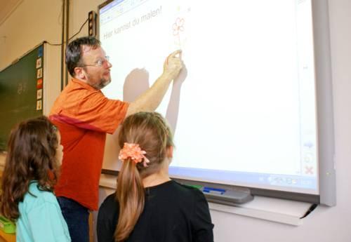 Die Stadt Hannover bietet Neuhannoveraner*innen Hilfe bei der Schulplatzsuche.
