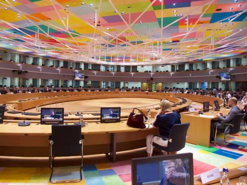 Ein großer Plenarsaal