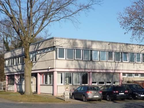 Zweigeschössiges Gebäude des Sachgebiets Planung von Verkehrseinrichtungen