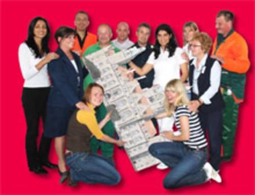 Gruppenfoto von Mitarbeiterinnen und Mitarbeitern der Stadtverwaltung