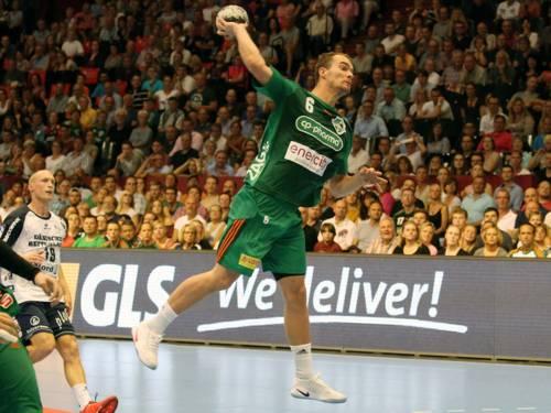 Spielszene aus einem Handballspiel