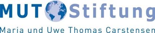 Logo mit einer Weltkugel und der Schrift MUT Stiftung Maria und Uwe Thomas Carstensen