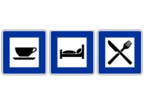 Drei Hinweisschilder