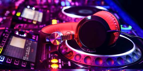 Clubs & Discos