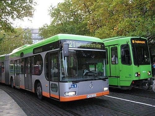 Stadtbus und Stadtbahn der Üstra