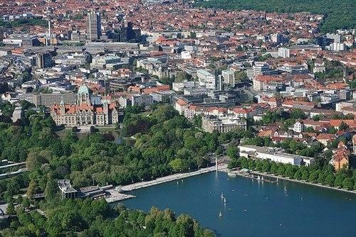 Luftaufnahme Maschsee mit Innenstadt