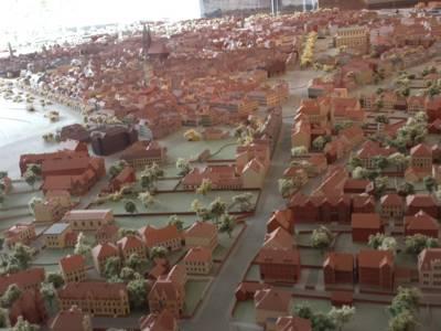 Die Stadt Hannover als Modell in einem Museum.