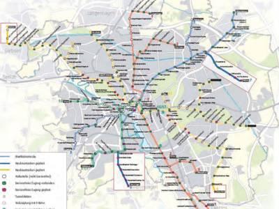 Stadtplan mit S-Bahn und Straßenbahn Linien.