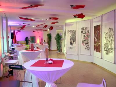 Die Ausstellungsfläche ist fertig und bereit für die Gäste.