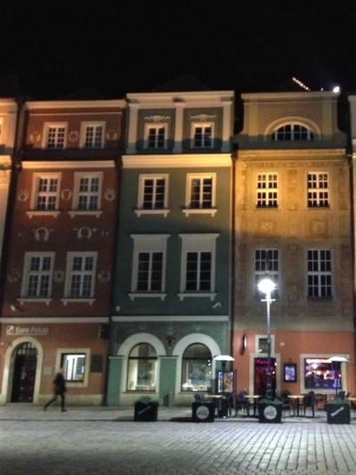Historische Gebäude in der polnischen Stadt Poznań.