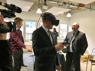 VR LAB Opening 3