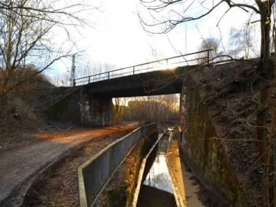 Eisenbahnbrücke Fösse-Grünzug.