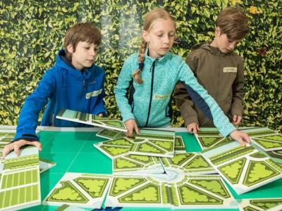 Mit dem Puzzle wird die Geometrie des Barockgartens erforscht