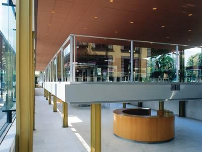 Arne-Jacobsen-Foyer innen