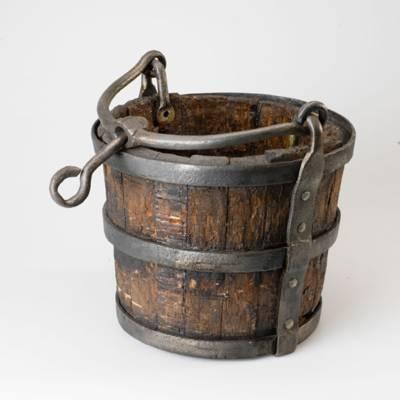Brunneneimer, Holz, Eisen, 19.Jahrhundert