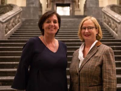 Vorsitzende des Kuratoriums Marlies Fertmann und Katharina Lohmann