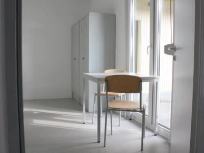 Die Zimmer der Flüchtlinge werden zu Wohneinheiten von jeweils drei bis fünf Zimmern zusammengefasst