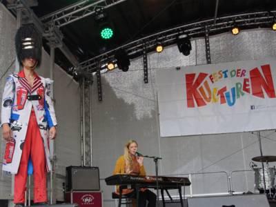"""Singer-Songwriterin Daisy Chapman mit englisch-punkiger """"Palastwache"""""""