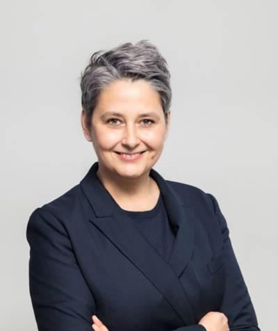 Jacqueline Knaubert-Lang hat offiziell die Leitung der Ada-und-Theodor-Lessing-Volkshochschule Hannover am 1. Juli übernommen.