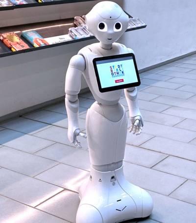 Humanoider Roboter beginnt seine Arbeit als Bibliotheksassistent in der Stadtbibliothek Hannover.