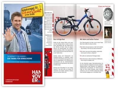 """Cover der Broschüre """"Sicherheit für Kinder - Ein Thema für Erwachsene"""""""