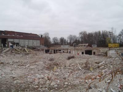 Große Mengen Bauschutt auf dem Wasserstadt-Gelände