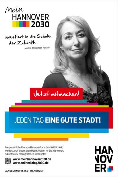 Plakat mit Schwarz-Weiß-Porträt von Martina Attenberger