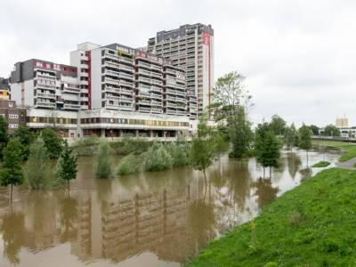 Hochwasser am Peter-Fechter-Ufer