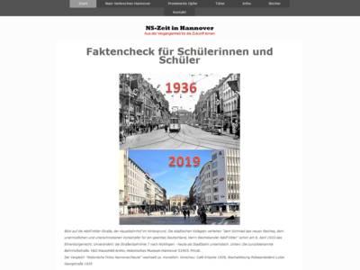 Bildschrimaufnahme der Seite NS-Zeit-Hannover.de. Zu erkennen sind Rubriken zum Navigieren, sowie zwei Aufnahmen des Lister Platzes, die zu einem Bild zusammenmontiert wurden. In der oberen Hälfte ist der Lister Platz im Jahr 1936 zu erkennen, in der unteren Hälfte vom Jahr 2019. Beide Bilder sind aus dem selben Winkel geschossen.