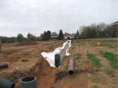 Regenwasserversickerungssystem Mulden-Rigolen im Bau