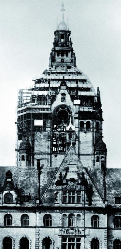 Beschädigte Rathauskuppel