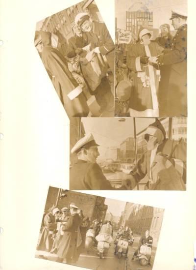Collage alter Fotografien von Motorrollerfahrern in Weihnachtsmannkostümen.