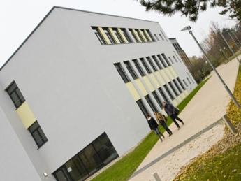 Das Schulgebäude der Berufsbildende Schule Burgdorf.