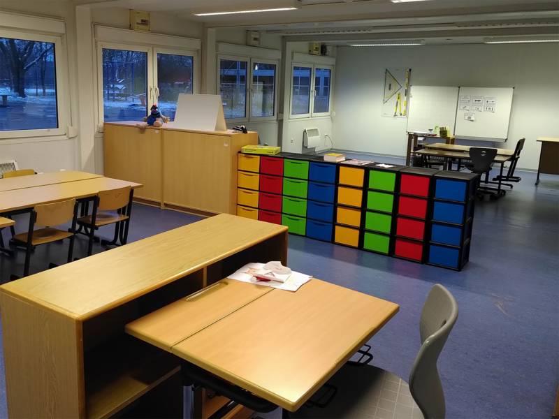 Allgemeiner Unterrichtsraum von innen im Schulzentrum Anderten