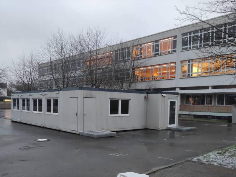 Allgemeiner Unterrichtsraum von außen im Schulzentrum Anderten