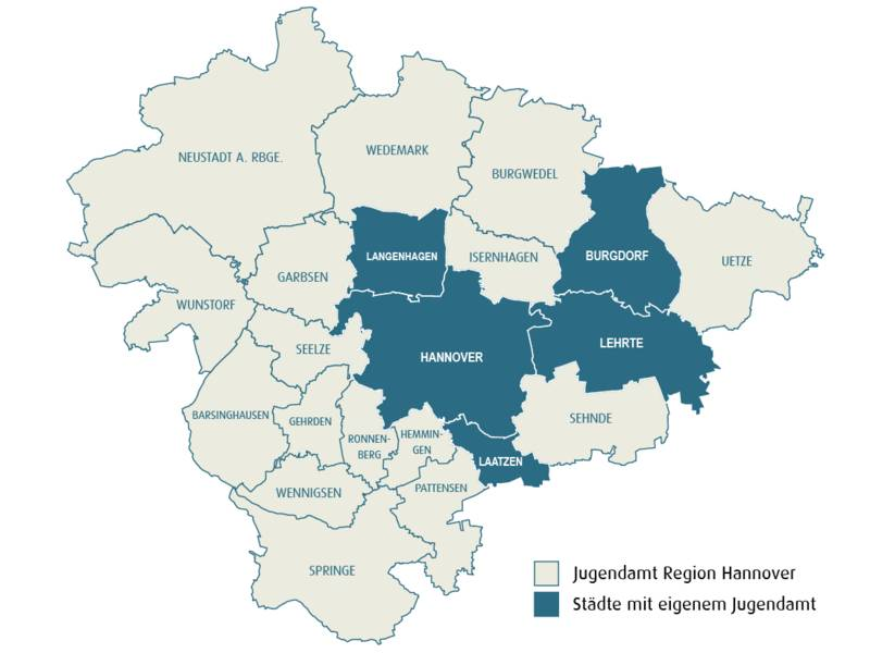 Schematische Karte mit dem Gebiet der Region Hannover. Folgende Gebiete sind Beige eingefärbt, weil hier der Fachbereich Jugend der Region Hannover die Aufgaben des Jugendamtes übernimmt: Barsinghausen, Burgwedel, Garbsen, Gehrden, Hemmingen, Isernhagen, Neustadt am Rübenberge, Pattensen, Ronnenberg, Seelze, Sehnde, Springe, Uetze, Wedemark, Wennigsen und Wunstorf. Blau sind dagegen die Gebiete der Städte Burgdorf, Hannover, Laatzen, Langenhagen und Lehrte, weil diese Städte ein eigenes Jugendamt haben und diese Aufgaben selbst übernehmen.