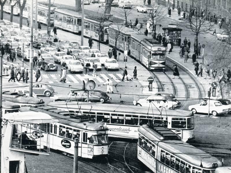 Verkehrssituation am Aegidientorplatz 1965