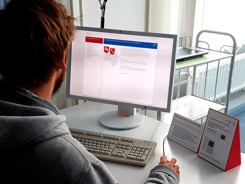 Die Online-Recherche kann bequem am heimischen PC oder im Lesesaal des Stadtarchivs über das Archivinformationssystem erfolgen.