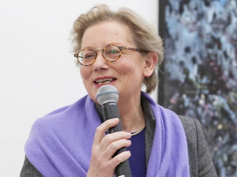 Ellen Lorenz während einer Ansprache