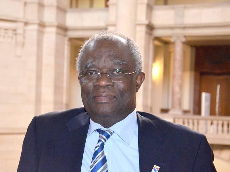 Herr Abayomi Bankole
