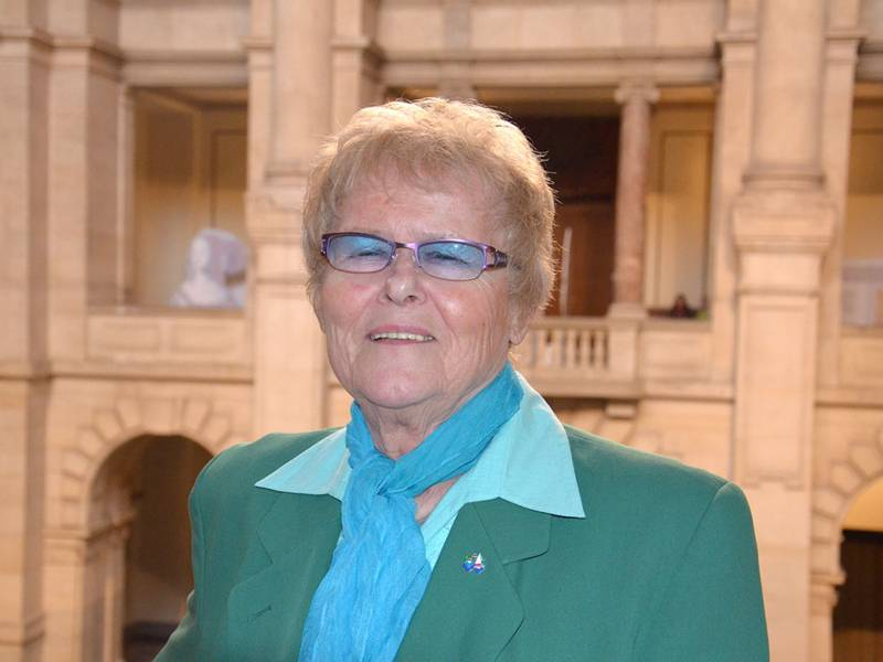 Frau Erika Sommerfeld