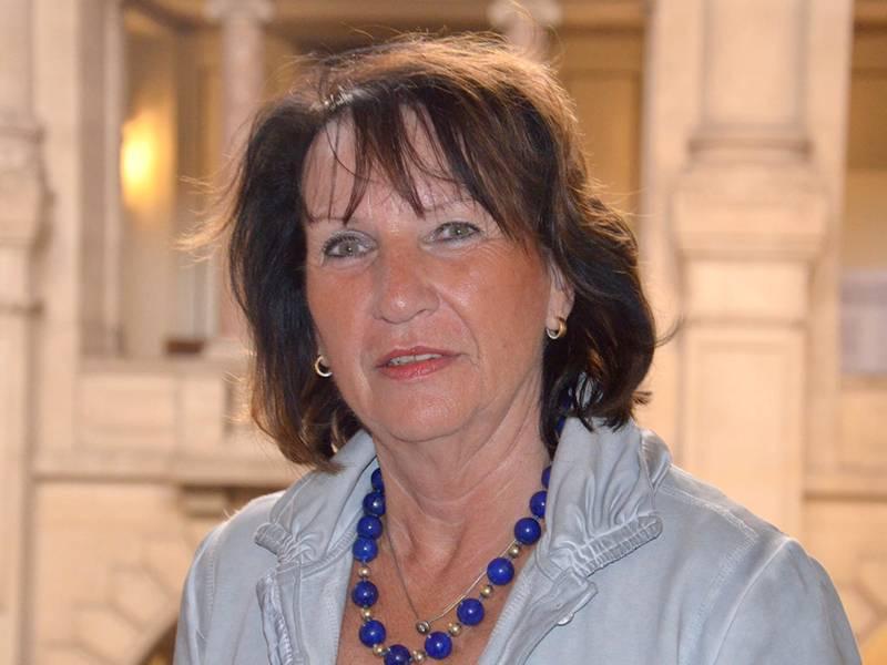 Frau Brigitte Thome-Bode