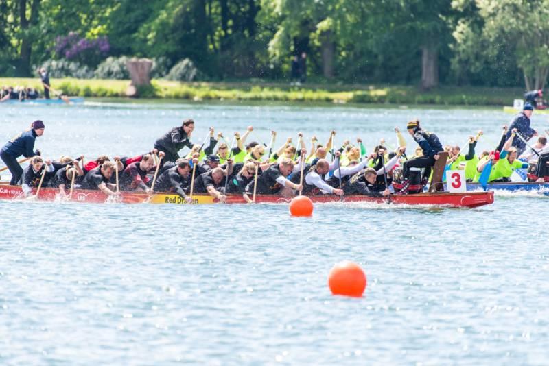 Das Finale konnten  die Feuerteufel mit einem famosen Schlussspurt und letztendlich zirka 30cm Vorsprung gegen das Boot der Hanöversch Dragon für sich entscheiden.