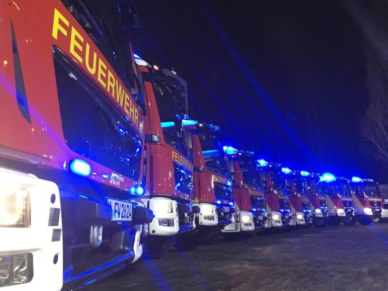 Neun Ortsfeuerwehren der Freiwilligen Feuerwehr Hannover sind mit neuen Hilfeleistungslöschfahrzeugen (HLF 20) ausgestattet worden.