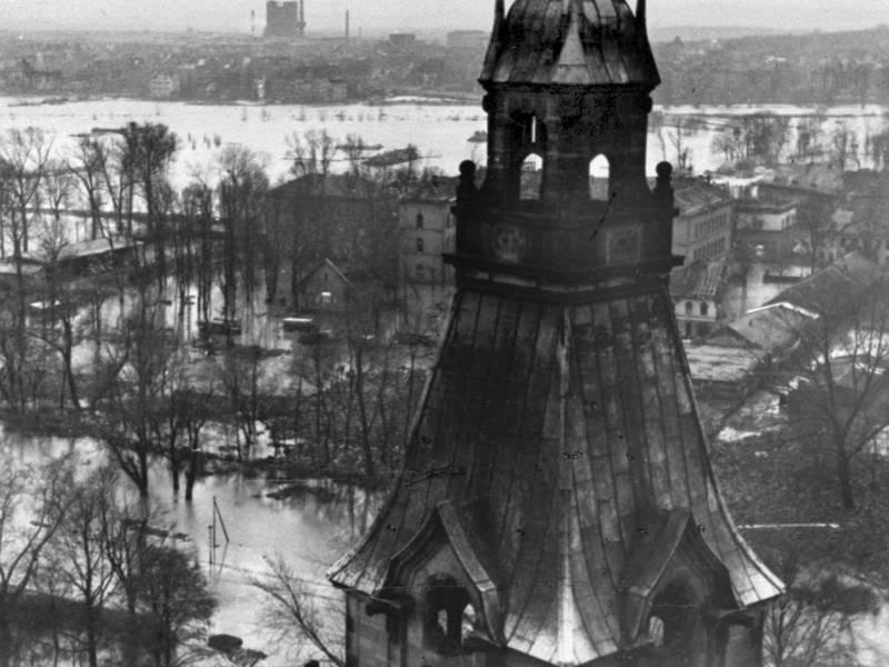 Blick vom Rathausturm am 11.02.1946