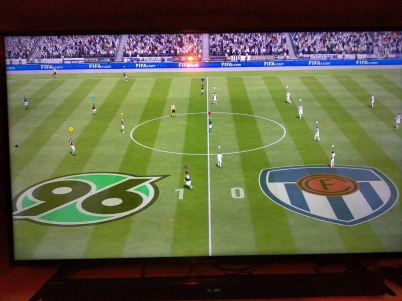 Bildschirm, auf dem das Videospiel FIFA 20 läuft.